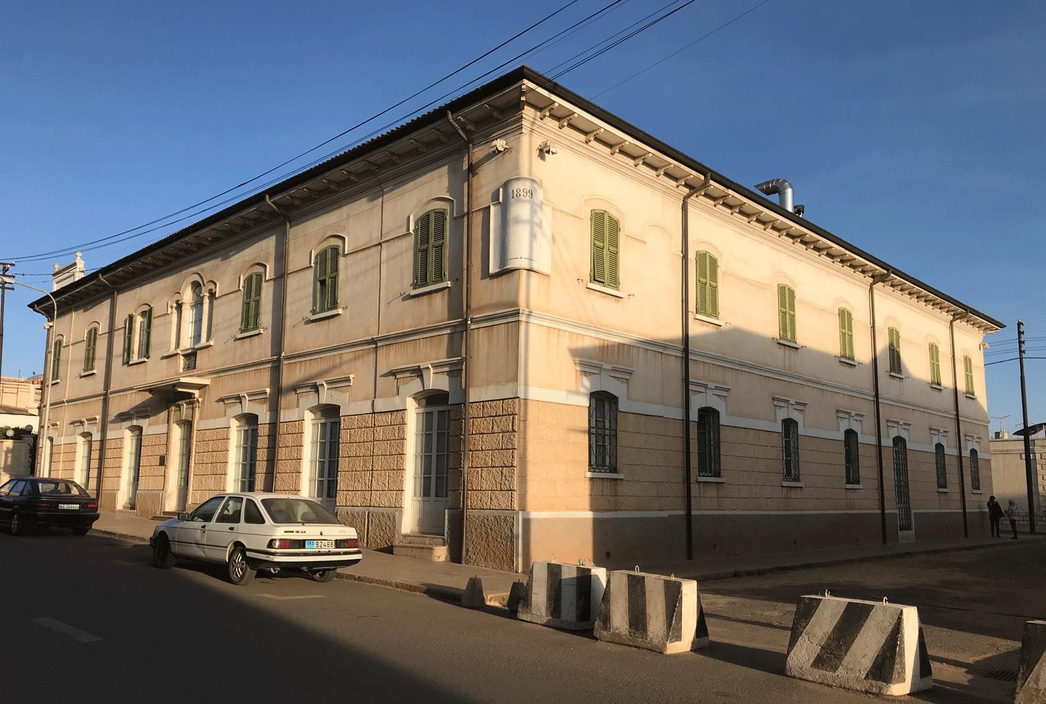 Eritrea-Exterior-Albergo-Italia-Accommodation