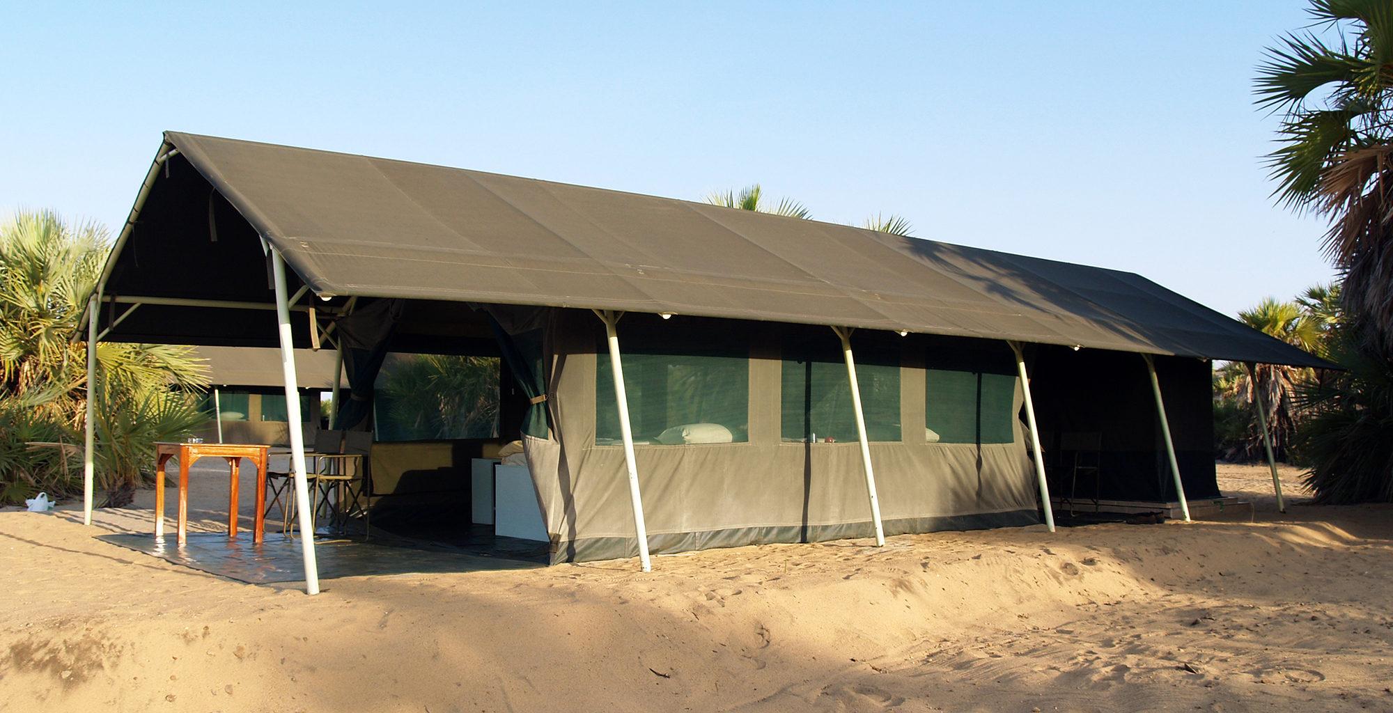 Kenya-Lobolo-Camp-Exterior