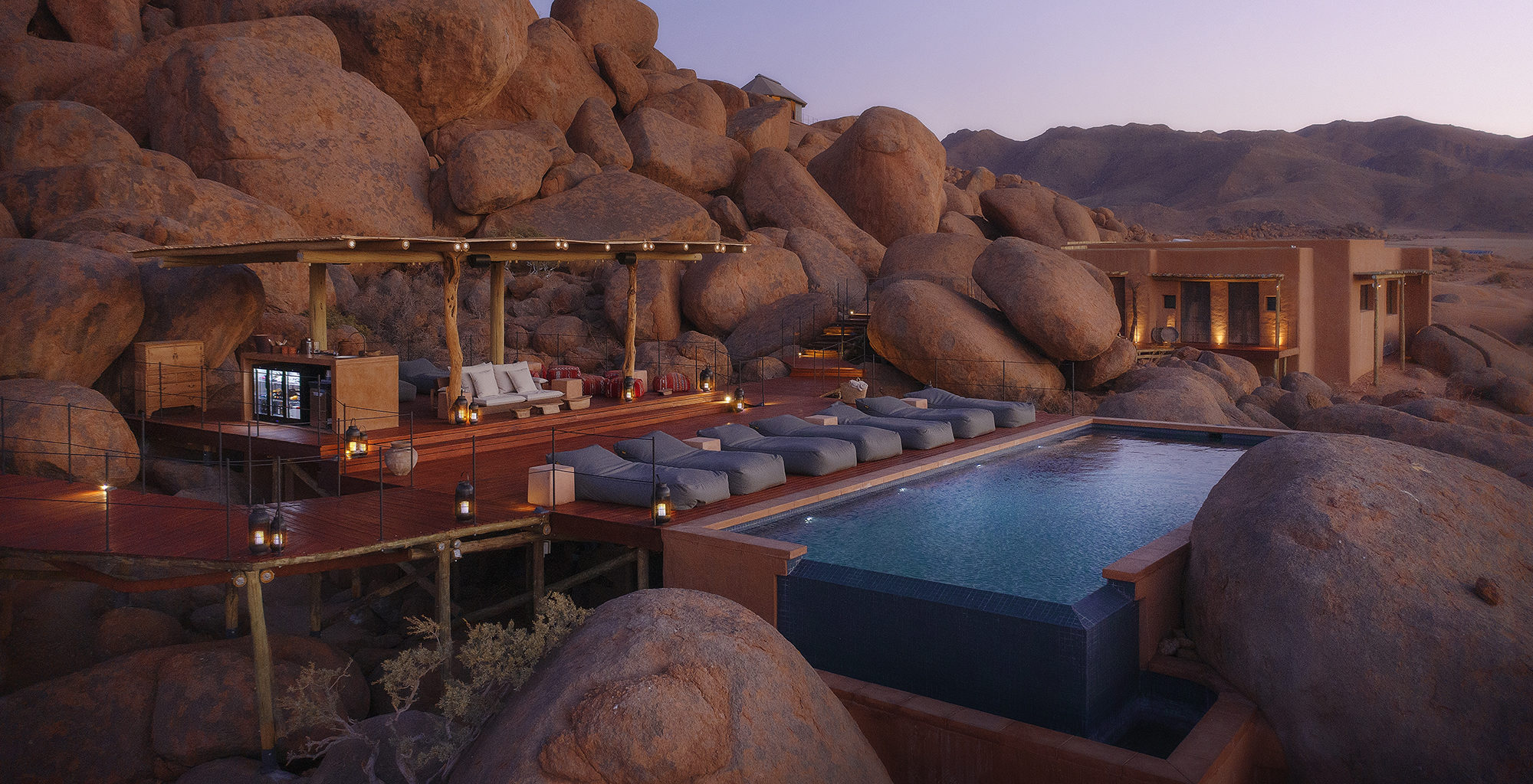 Namibia-Sonop-Swimming-Pool