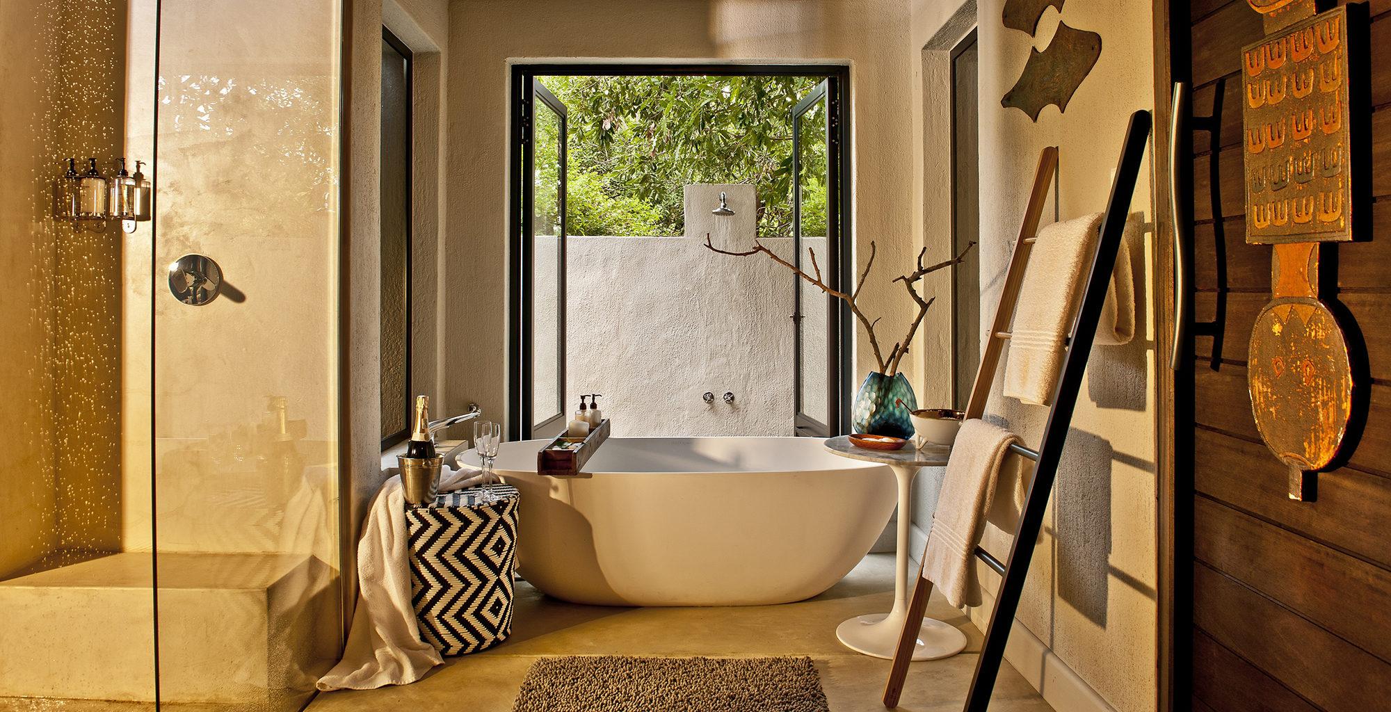 South-Africa-Little-Bush-Camp-Bathroom