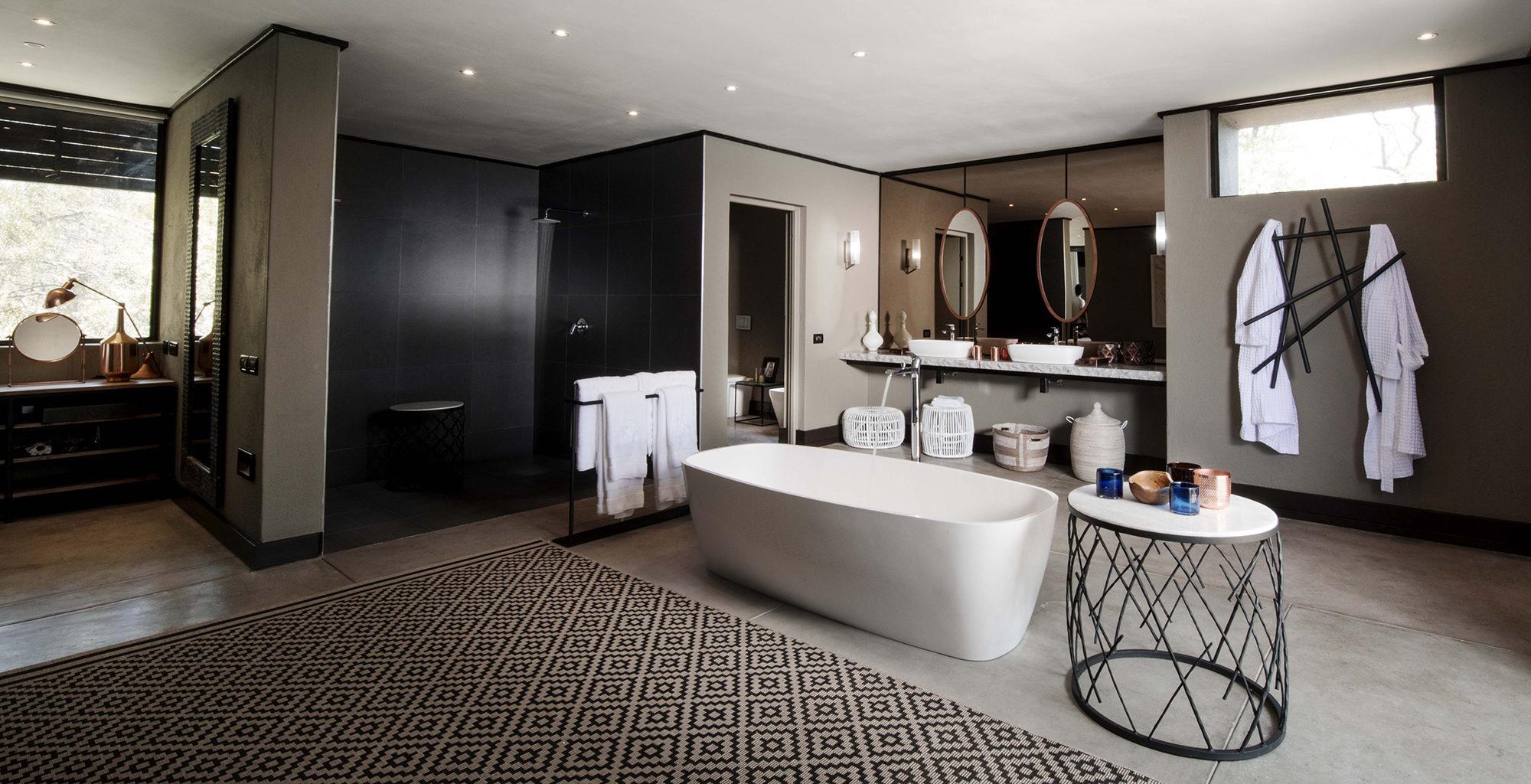 South-Africa-Silvan-Safari-Bathroom